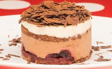 Пирожное Шварцвальдская вишня